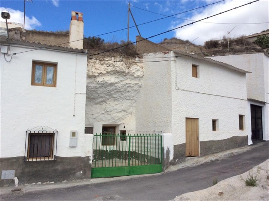 Se Vende Cueva en bario Abatel de Zújar, Granada